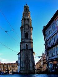 Porto - Torre dos Clerigos by Lacobrigo @Wikimedia.org