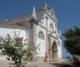 Tavira - Church Santa Maria by distruggetelemacchine @ Wikimedia.org