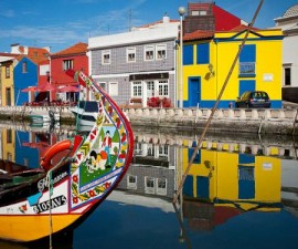 Aveiro - City Centre - Moliceiros by Linera_68 @Flickr-500
