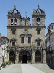 Braga - Cathedral by Snitrom @Wikimedia.org