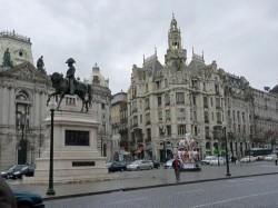 Braga - Day Trip to Porto-Aliados by Ricardo  Tulio Gandelman @Wikimedia.org