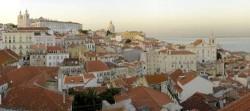 Lisbon - Alfama Neighbourhood Overview by Miguel Vieira @Wikimedia.org
