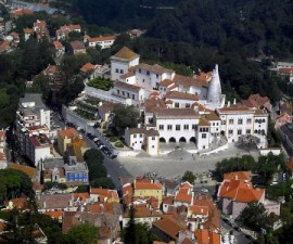 Lisbon - Trip to Sintra by Calapito @Wikimedia.org