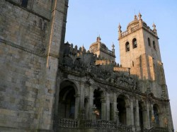 Porto - Se Cathedral Porto by Isabelleguyot @Wikimedia.org